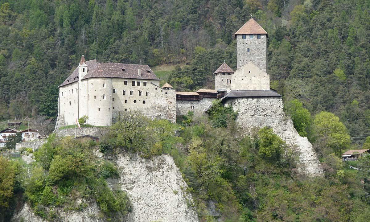 Castelli di lusso in montagna - Santandrea Luxury Houses
