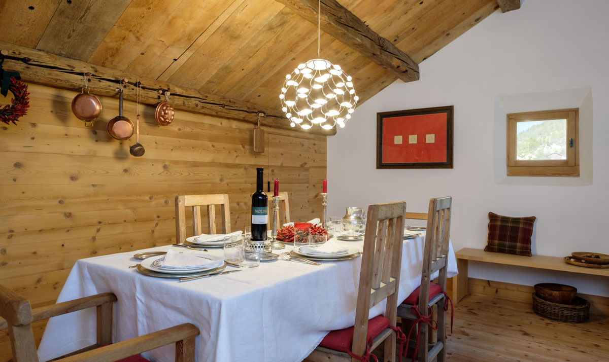 Sala da pranzo di lusso in Svizzera - Santandrea Luxury Houses